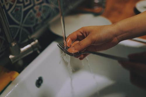 Sink Plumbing Tips - Plumber Hints - Leaks to Dealing With Hard Water.